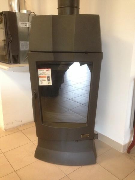 destockage serre et fils distributeur de chaleur. Black Bedroom Furniture Sets. Home Design Ideas